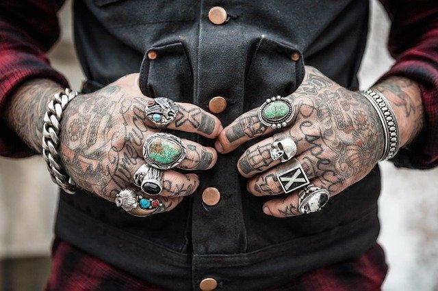 zrobienie tatuażu